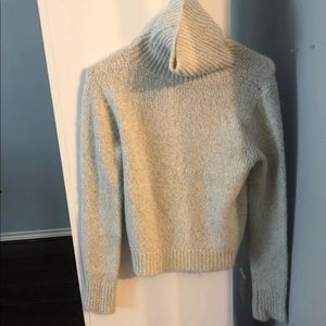 brandy melville turtleneck sweater one size